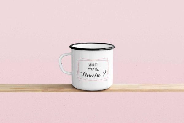 """Image de mug émaille """"Veux-tu être ma témoin ?"""" - MCL Sérigraphie"""