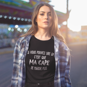 """Image de t-shirt noir pour femme """"Si vous pouvez lire ça, c'est que ma cape de marche plus - Harry Potter"""" - MCL Sérigraphie"""