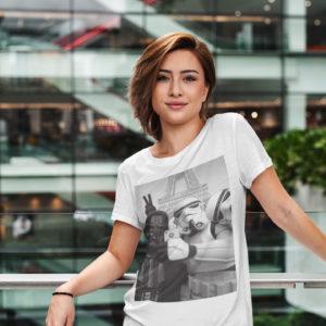 """Image de t-shirt blanc pour femme """"Selfie à Paris - Star Wars"""" - MCL Sérigraphie"""