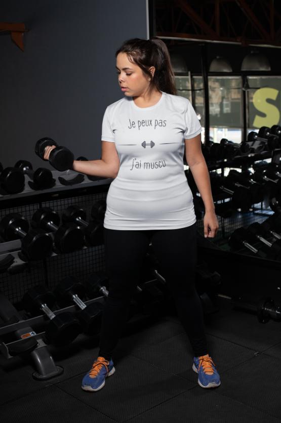 """Image de t-shirt blanc pour femme """"Je peux pas j'ai muscu"""" - MCL Sérigraphie"""