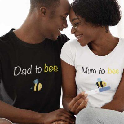 "Image de t-shirts duo blanc et noir ""Mum to bee/Dad to bee""-MCL Sérigraphie"