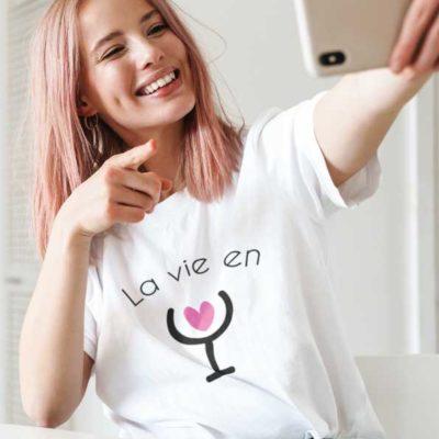 """Image de t-shirt blanc """"la vie en rosé""""-MCL Sérigraphie"""