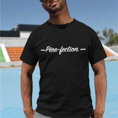 """Image d'un t-shirt noir """"Père-fection""""-MCL Sérigraphie"""